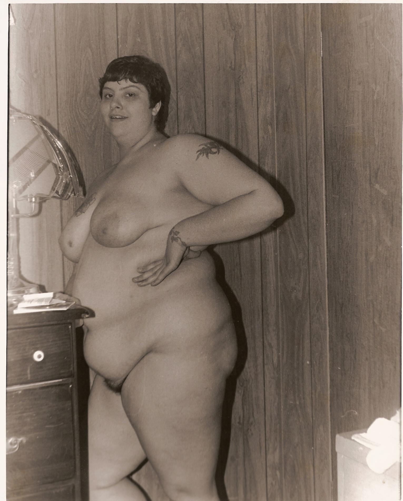 Losing my towel nude